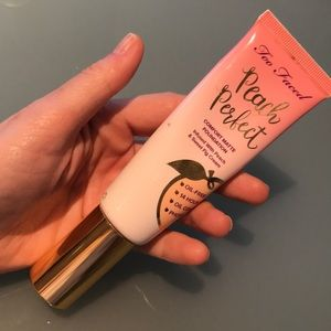 Too Faced peach perfect matte foundation nude